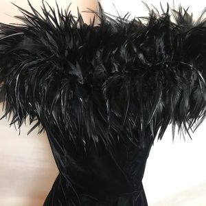 Velvet off the shoulder Gown w Feather Bodice Sz 4